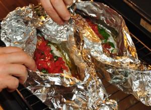 mediterraner Fisch: die Dorade wird in Sardinien auch in der Folie zubereitet